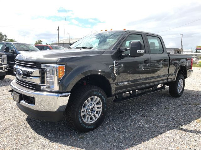 2017 F-250 Crew Cab 4x4 Pickup #H7410 - photo 6