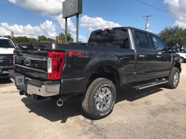 2017 F-250 Crew Cab 4x4 Pickup #H7530 - photo 2