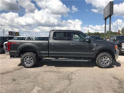 2017 F-250 Crew Cab 4x4 Pickup #H7530 - photo 3