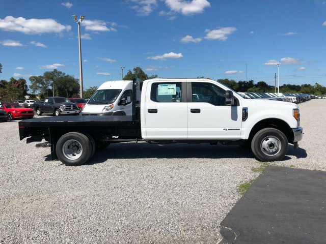 2017 F-350 Crew Cab DRW 4x4, Knapheide Flatbed Body #H8000 - photo 3