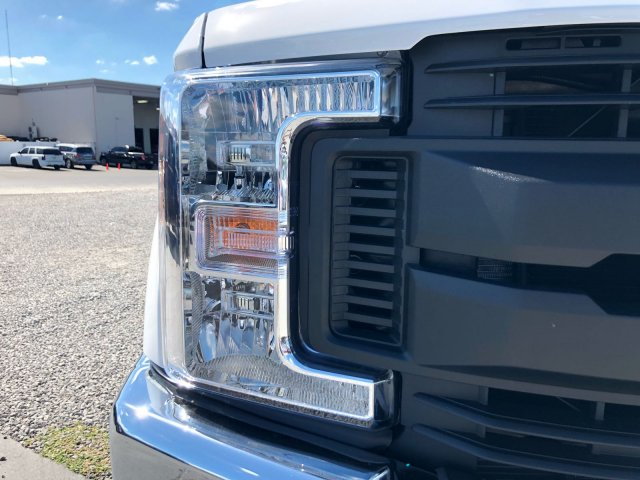 2017 F-350 Crew Cab DRW 4x4, Knapheide Flatbed Body #H8000 - photo 8