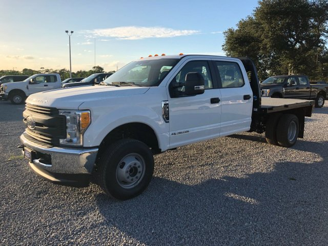 2017 F-350 Crew Cab DRW 4x4, Knapheide Flatbed Body #H8080 - photo 6