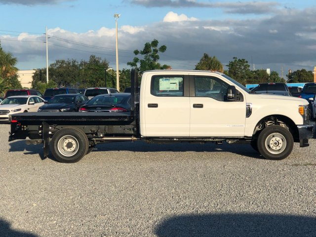 2017 F-350 Crew Cab DRW 4x4, Knapheide Flatbed Body #H8080 - photo 3
