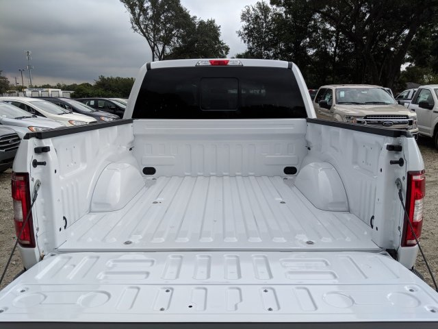 2018 F-150 SuperCrew Cab 4x2,  Pickup #J8403 - photo 10