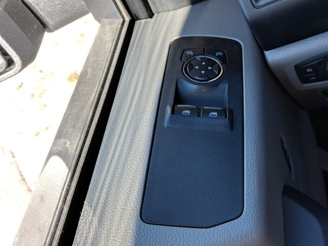 2018 F-150 Regular Cab 4x2,  Pickup #J8526 - photo 19