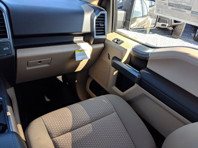 2019 F-150 SuperCrew Cab 4x2,  Pickup #K0990 - photo 14