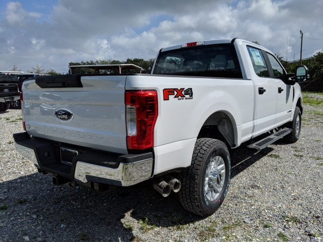 2019 F-350 Crew Cab 4x4,  Pickup #K2016 - photo 1