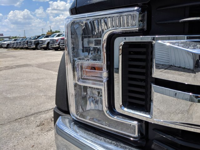 2019 F-450 Crew Cab DRW 4x4,  Pickup #K2023 - photo 7