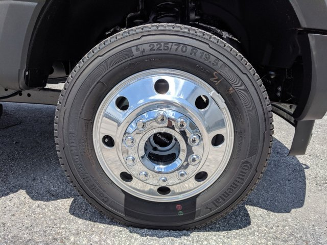 2019 F-450 Crew Cab DRW 4x4,  Pickup #K2023 - photo 8