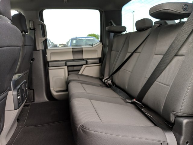 2019 F-150 SuperCrew Cab 4x2,  Pickup #K2537 - photo 10
