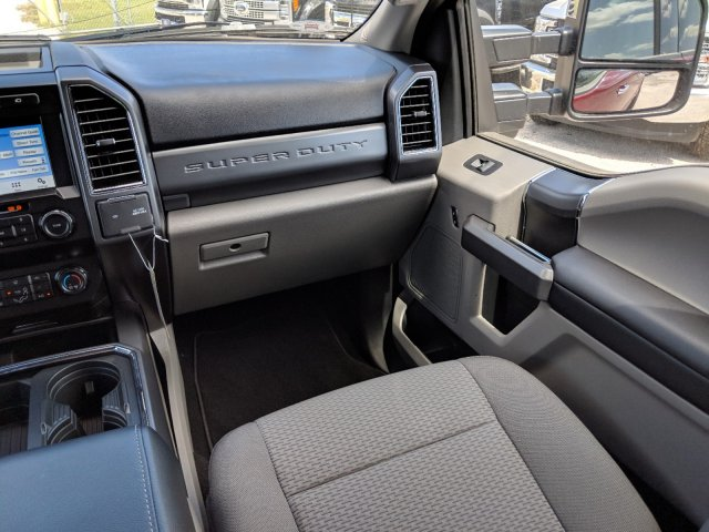 2019 F-250 Crew Cab 4x4,  Pickup #K2900 - photo 14