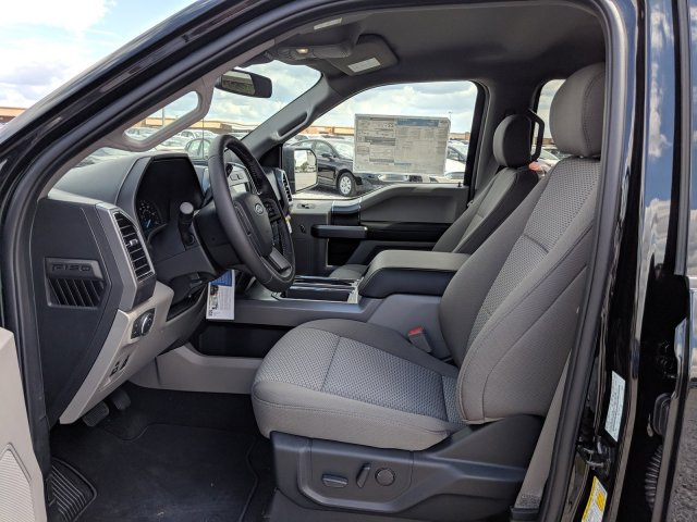 2019 F-150 SuperCrew Cab 4x2,  Pickup #K2916 - photo 18