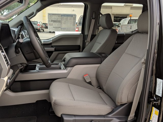 2019 F-150 SuperCrew Cab 4x2,  Pickup #K3126 - photo 18