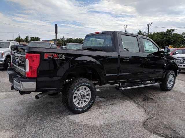 2019 F-250 Crew Cab 4x4,  Pickup #K4616 - photo 1
