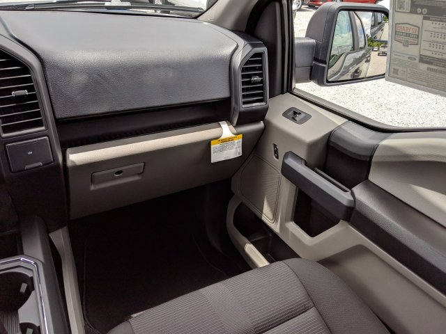 2019 F-150 SuperCrew Cab 4x2,  Pickup #K4734 - photo 15