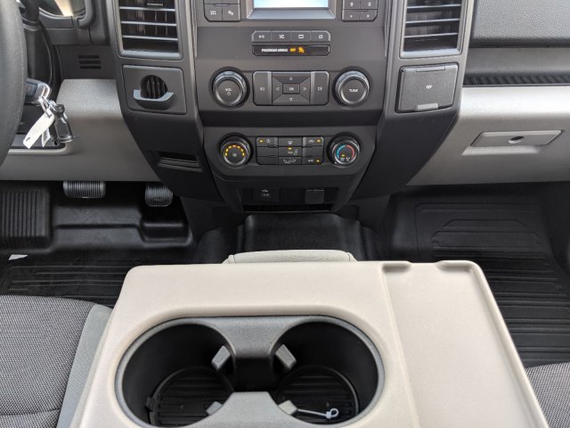 2019 F-150 SuperCrew Cab 4x2, Pickup #K5350 - photo 16