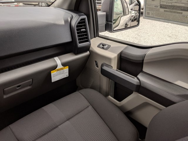 2019 F-150 SuperCrew Cab 4x2,  Pickup #K5469 - photo 15