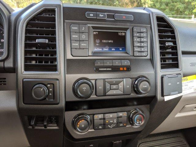 2019 F-450 Regular Cab DRW 4x4, Bedrock Diamond Series Flatbed Body #K6300 - photo 5