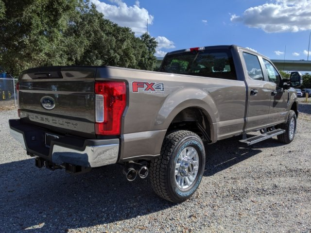 2019 F-250 Crew Cab 4x4, Pickup #K6670 - photo 2