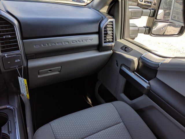 2019 F-250 Crew Cab 4x4, Pickup #K6713 - photo 15