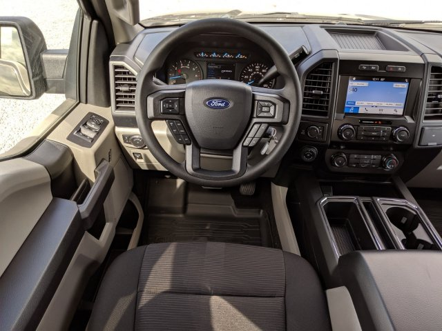 2019 F-150 SuperCrew Cab 4x4, Pickup #K6991 - photo 5