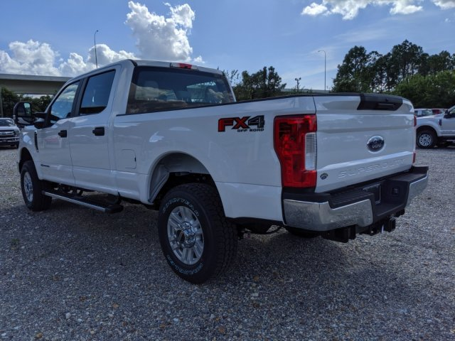 2019 F-250 Crew Cab 4x4, Pickup #K7060 - photo 9