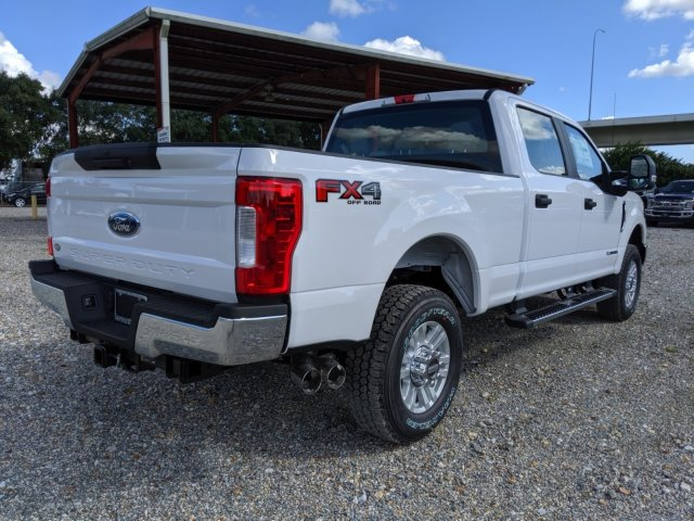 2019 F-250 Crew Cab 4x4, Pickup #K7060 - photo 2