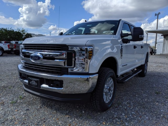 2019 F-250 Crew Cab 4x4, Pickup #K7060 - photo 3