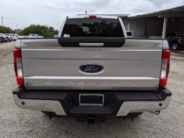 2019 F-250 Crew Cab 4x4, Pickup #K7367 - photo 9