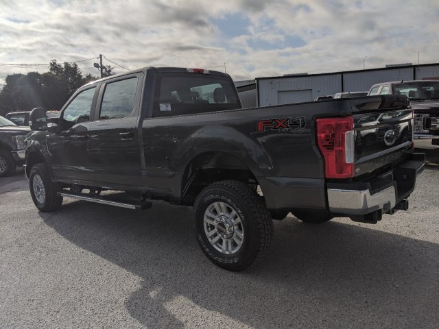 2019 F-250 Crew Cab 4x4, Pickup #K7523 - photo 10