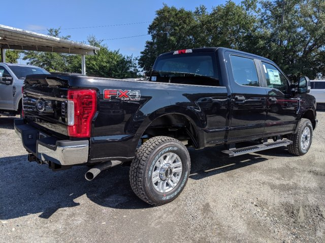 2019 F-250 Crew Cab 4x4, Pickup #K7541 - photo 2