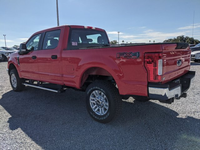 2019 F-250 Crew Cab 4x4, Pickup #K7656 - photo 10