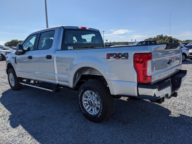 2019 F-250 Crew Cab 4x4, Pickup #K7657 - photo 10