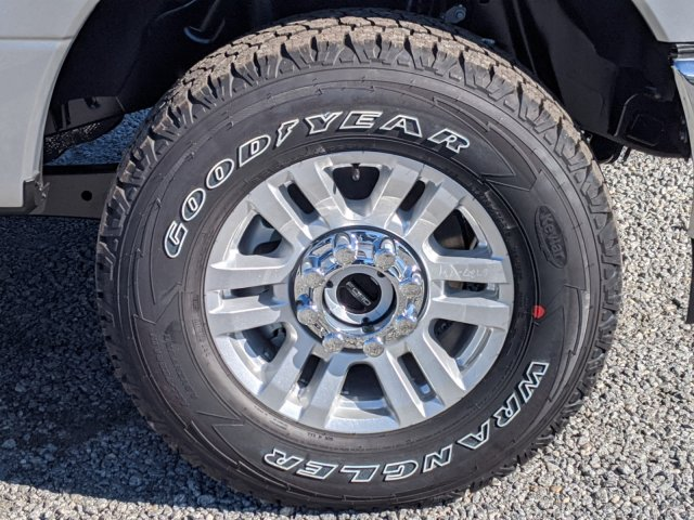 2019 F-250 Crew Cab 4x4, Pickup #K7657 - photo 15