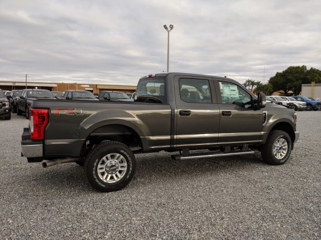 2019 F-250 Crew Cab 4x4, Pickup #K7707 - photo 2
