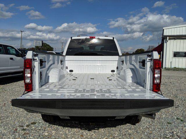 2020 F-250 Crew Cab 4x4, Pickup #L2351 - photo 15