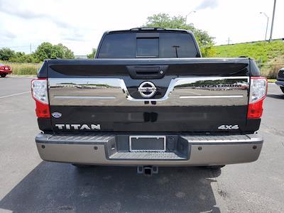 2017 Nissan Titan Crew Cab 4x4, Pickup #L6037A - photo 10