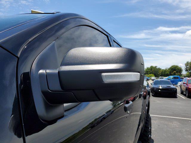 2021 Nissan Titan 4x4, Pickup #M1934B - photo 6