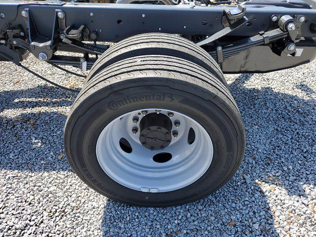 2021 Ford F-550 Crew Cab DRW 4x4, Cab Chassis #M2447 - photo 8