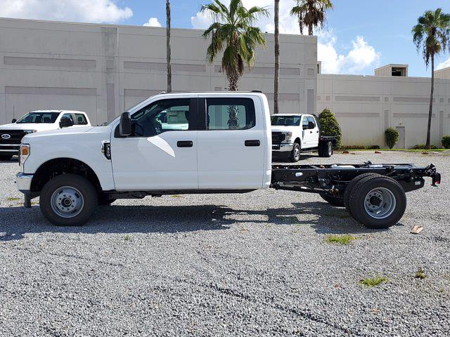 2021 Ford F-350 Crew Cab DRW 4x4, Cab Chassis #M2725 - photo 7
