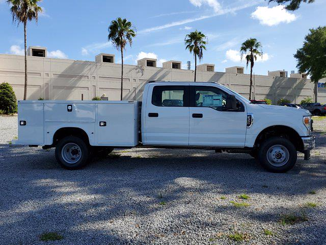 2021 Ford F-350 Crew Cab DRW 4x4, Cab Chassis #M2763 - photo 3