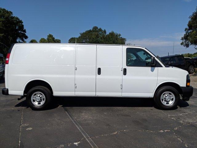 2018 Express 2500 4x2,  Empty Cargo Van #R9220 - photo 1