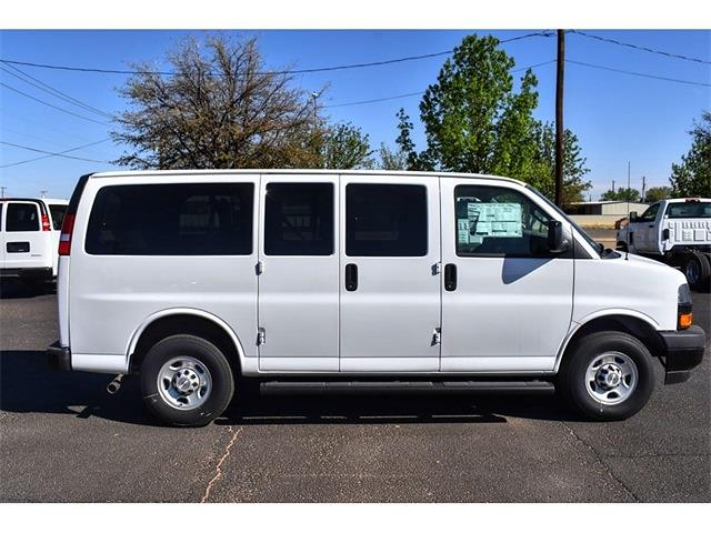 2020 Chevrolet Express 2500 4x2, Passenger Wagon #A02275 - photo 3