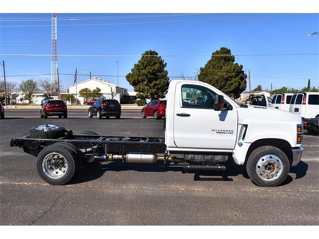 2020 Chevrolet Silverado 4500 Regular Cab DRW 4x2, Cab Chassis #A04279 - photo 3