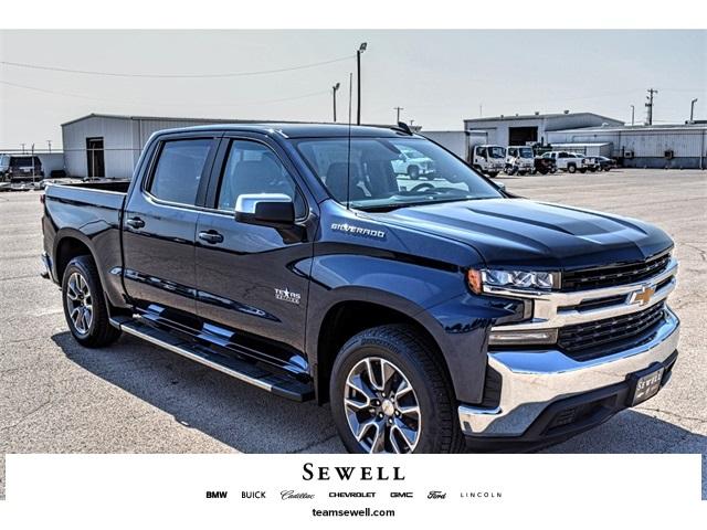 2020 Chevrolet Silverado 1500 Crew Cab 4x2, Pickup #A06630 - photo 1