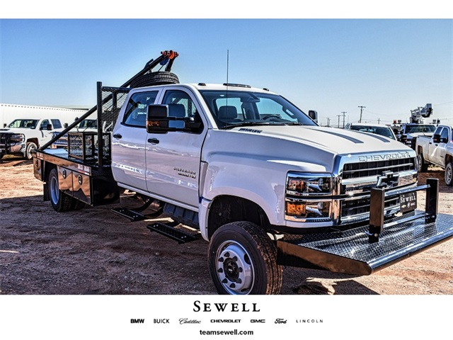 2019 Silverado 5500 Crew Cab DRW 4x4, Pick-Up Pals Other/Specialty #C19655 - photo 1