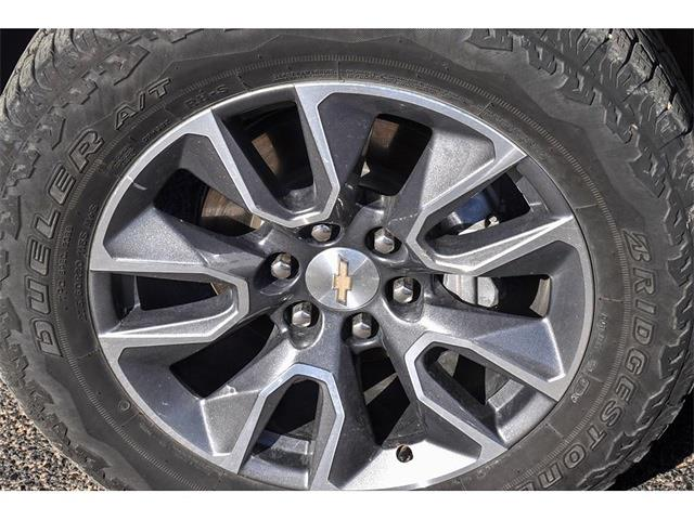 2020 Chevrolet Silverado 1500 Crew Cab 4x4, Pickup #P12632 - photo 14