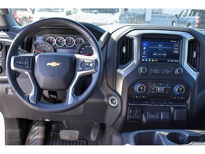 2020 Chevrolet Silverado 1500 Crew Cab 4x4, Pickup #P12632 - photo 18