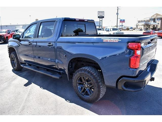 2019 Chevrolet Silverado 1500 Crew Cab 4x4, Pickup #P12636 - photo 5