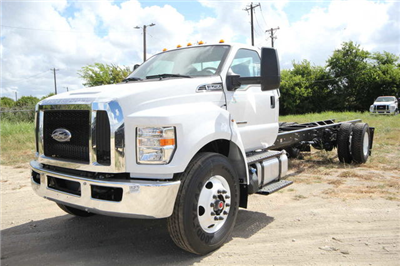 2018 F-750 Regular Cab DRW 4x2,  Cab Chassis #1812F7D - photo 1
